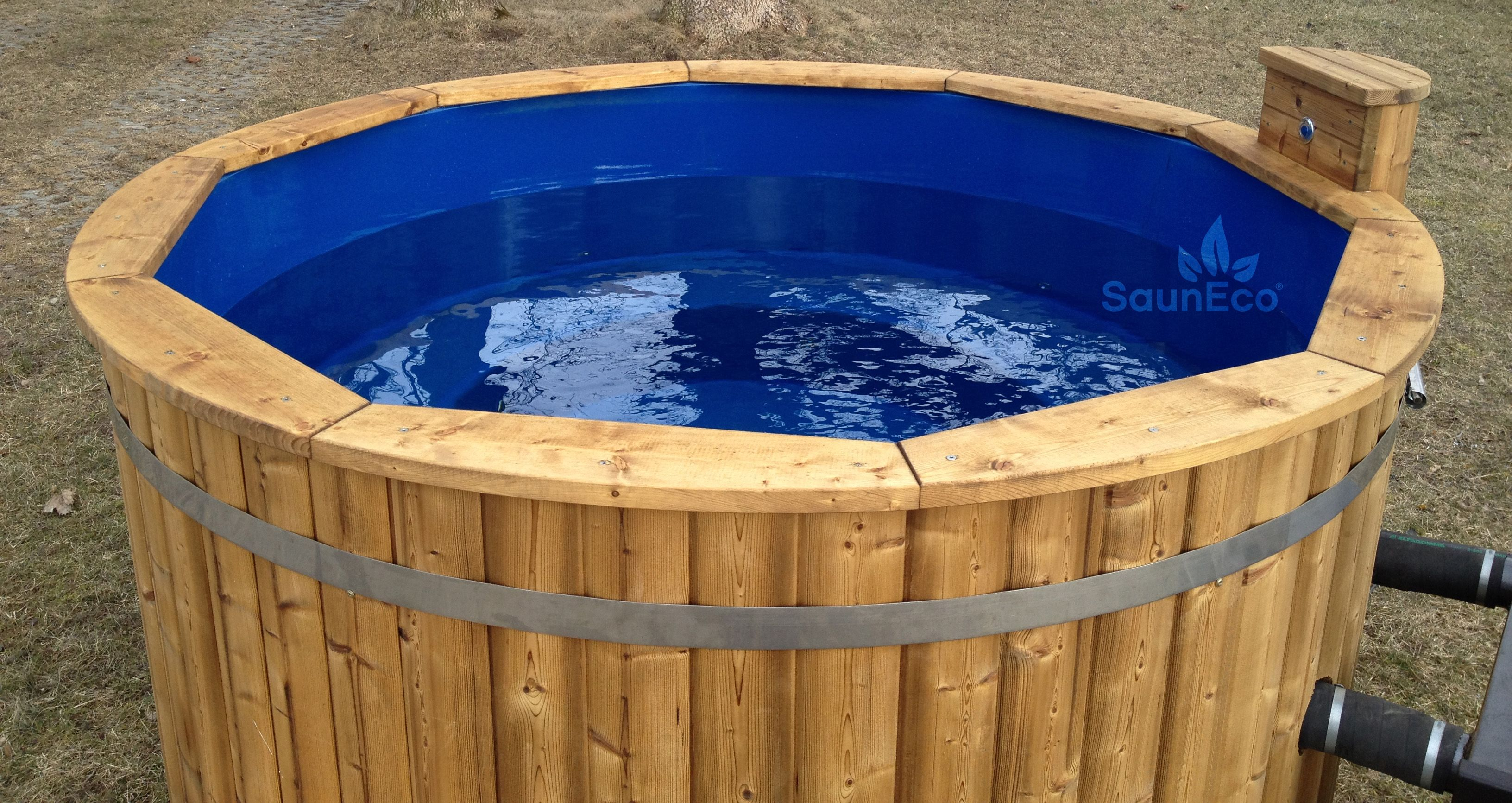 Hot Tub Water: Hot Tub Water Depth